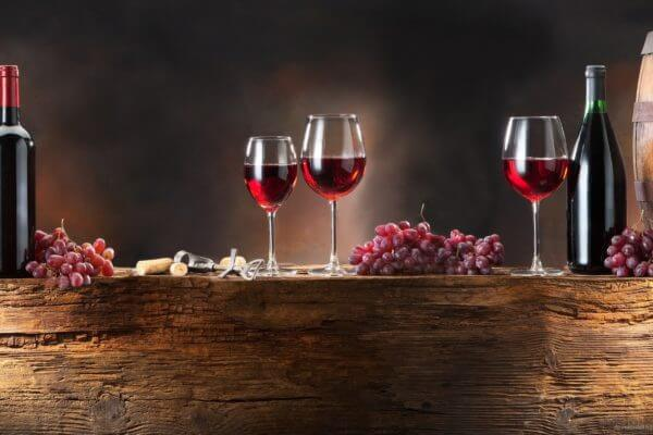 glasses-of-red-wine
